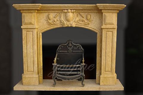 Декоративный бежевый мраморный каминный портал Регентской эпохи